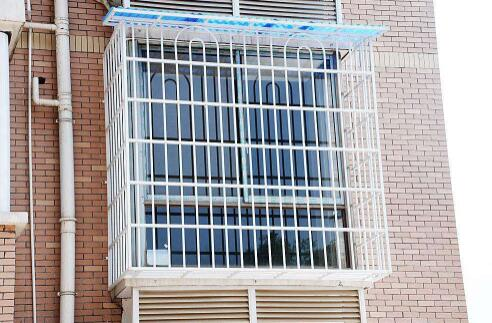 新型防盗门窗厂家_吊顶施工_重庆市铜梁区杨氏门窗有限公司
