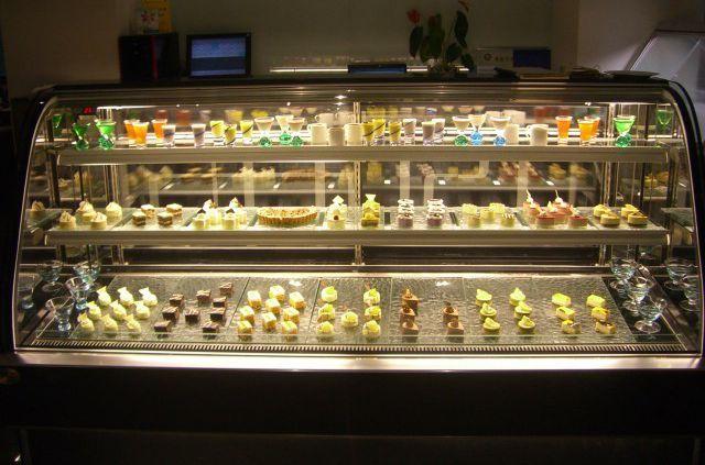 重庆蛋糕柜质量 饮料柜质量哪家好 成都市绿峰制冷设备有限公司