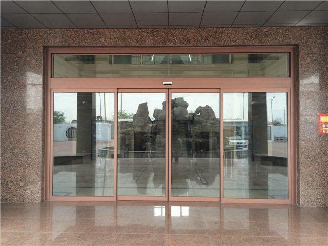 玻璃感应门定做 成都板房在哪家 成都兴诚达门窗有限公司