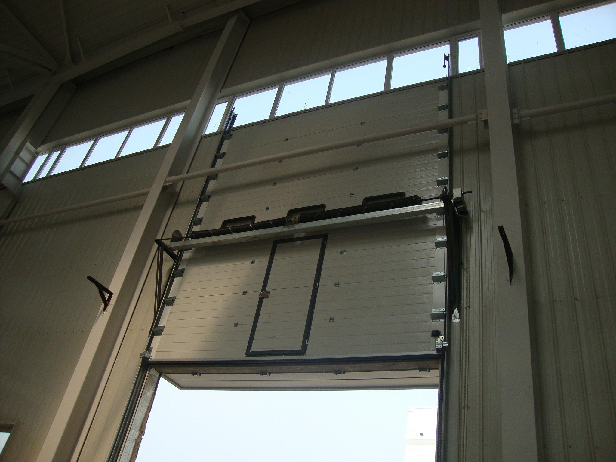 提升门多少钱-防火卷帘门多少钱-成都兴诚达门窗有限公司