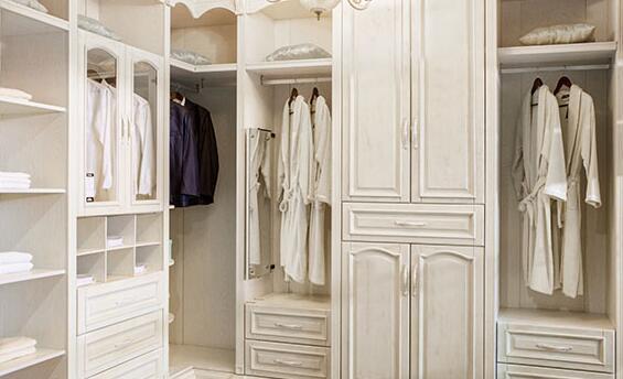 成都定制衣柜多少钱一平方/全屋定制家具多少钱/成都罗蔓蒂莎家具有限公司