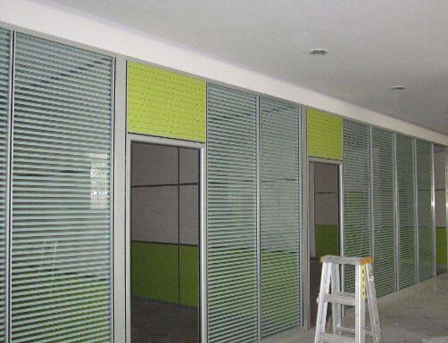 中式不锈钢门窗装修_成都益美佳装饰工程有限公司