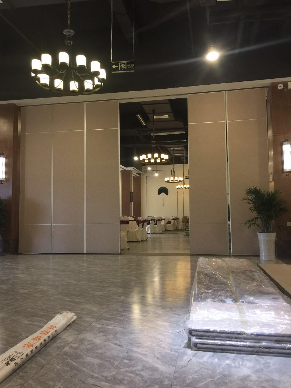 pvc折叠门哪种好_成都益美佳装饰工程有限公司