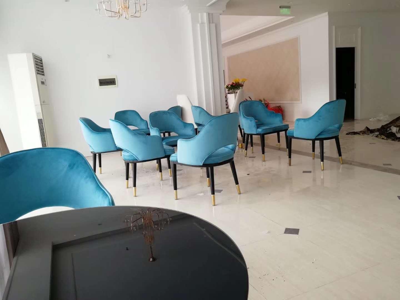 洽谈桌品牌_玻璃其他文化办公设备设计