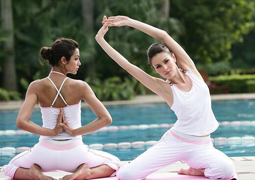 我们推荐每日瑜伽课程收费多少_瑜伽垫相关