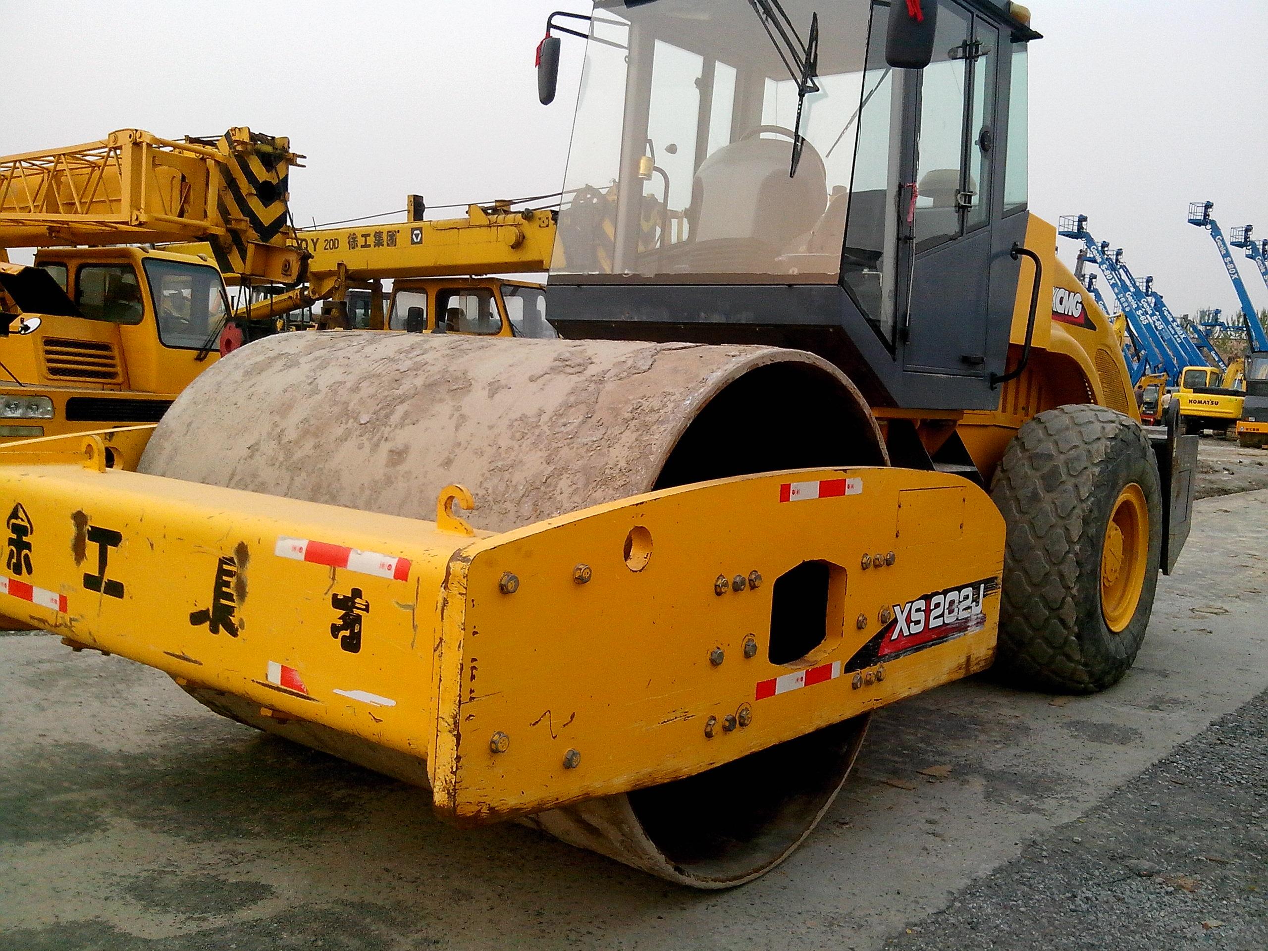 压路机重量_8吨挖掘机械