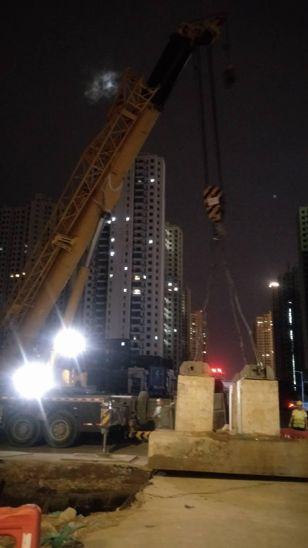 西安大型吊装租赁设备哪家公司有_出租吊装相关-陕西浩宇吊装搬运有限公司