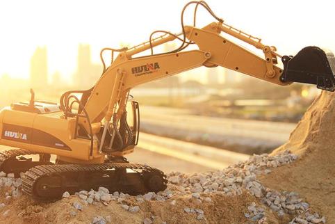 个旧市挖土机出租_成都挖掘机械