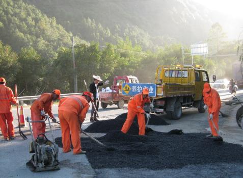 道路养护工程公司_市政道路养护相关-北京路问建设工程有限公司