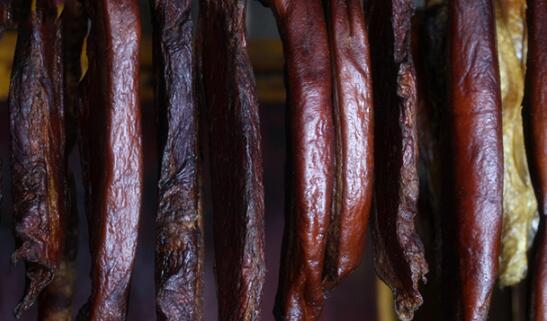 正宗凉山腌腊制品价钱_肉制品加工机械相关-木里西木洛客食品加工有限公司