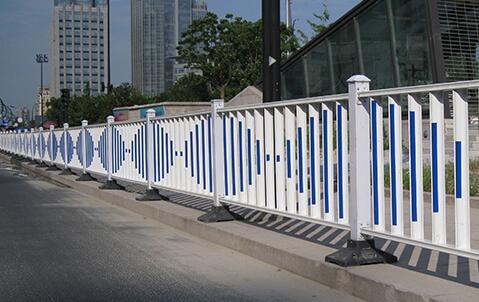 高品质高速钢护栏_钢护栏价格相关-四川康健钢结构工程有限公司