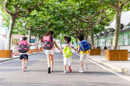 少儿课程辅导收费_学前教育培训加盟机构-北京爱之爱教育科技中心